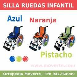 Silla de ruedas infantil de colores.