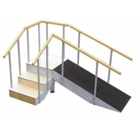 Escalera con rampa metálica tres escalones con pasamanos fijo completa
