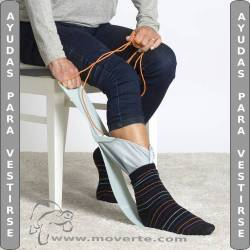 Pone medias Etac Largo Socky stocking aid long