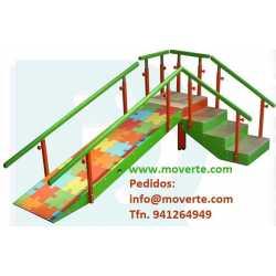 Escalera con rampa infantil 4 escalones con pasamanos regulable en altura
