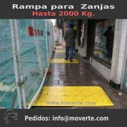 Rampa para tapar zanjas uso peatones y vehículos ligeros.